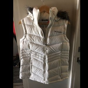 Columbia white bubble vest